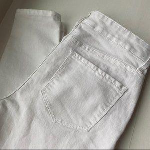 Old Navy (6) Super Skinny Ankle White Jeans